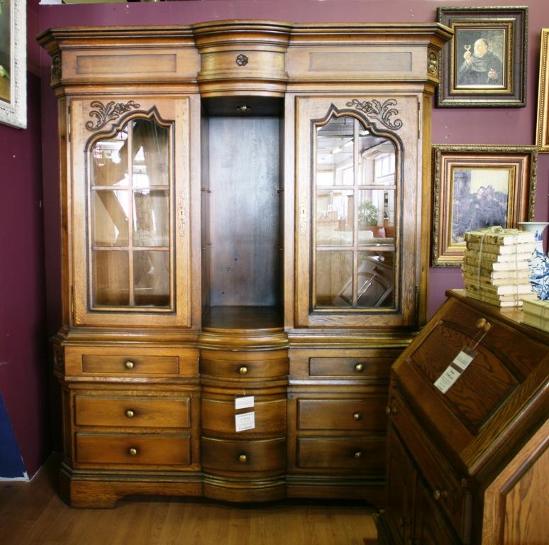 Мебель под старину из массива.